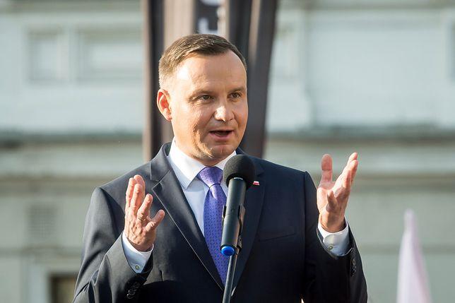 Andrzej Duda: Chcemy, aby Polacy umieli posługiwać się bronią
