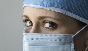 Kobieta dowodzi na sali operacyjnej? Masz większe szanse przeżyć