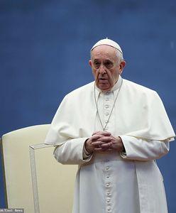 """Molestował ją i kazał nazywać """"braciszkiem"""". Watykan publikuje list"""