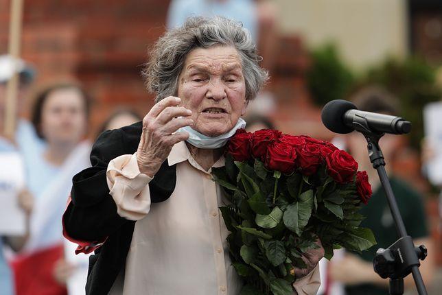 Warszawa, 26.06.2020.  Plac Zamkowy, wiec poparcia dla Rafala Trzaskowskiego. Wanda Traczyk-Stawska