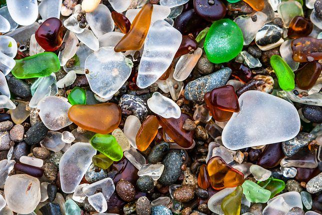Rosja – nietypowa, szklana plaża