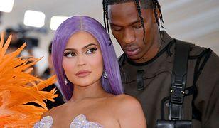Travis Scott i Kylie Jenner na gali MET w 2019 r.