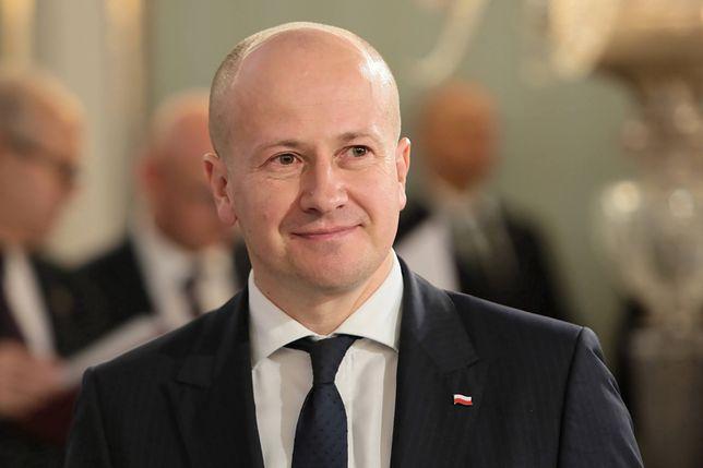 """""""Piątka dla zwierząt"""". Bartłomiej Wróblewski z PiS zagłosował przeciwko"""