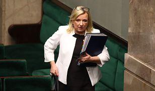 Premie w rządzie. Pytanie o Morawieckiego, a Beata Kempa zaczyna mówić o Tusku. Padły konkretne kwoty