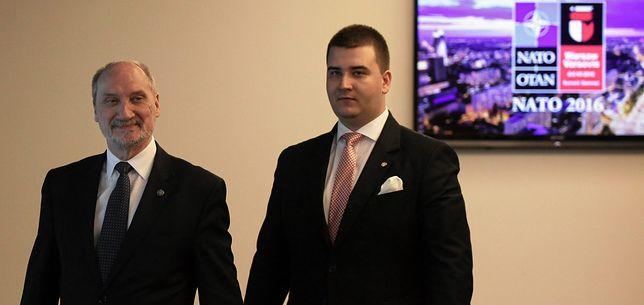 Antoni Macierewicz i Bartłomiej Misiewicz