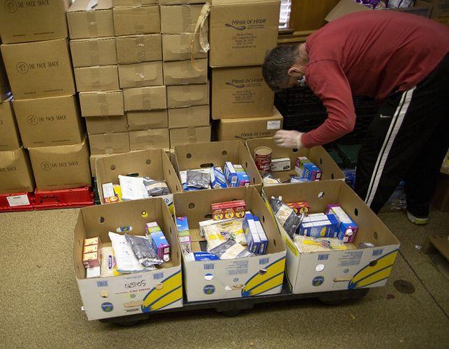 Amerykański system dystrybucji żywności załamał się. Farmerzy wyrzucają plony i gazują zwierzęta, innych nie stać na jedzenie
