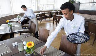 Niemieccy pracodawcy zadowoleni z imigrantów