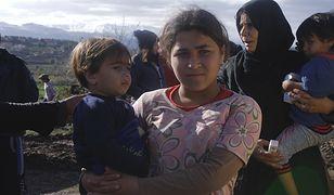 Dzieci uchodźców syryjskich w obozowisku w północnym Libanie