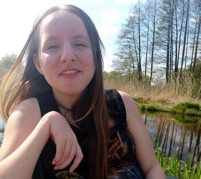 Amanda z Lublina potrzebuje kosztownej rehabilitacji.