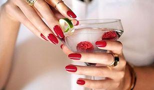 Jak pomalować paznokcie na lato?