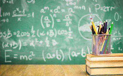 Darmowe podręczniki. Jak szkoły sobie z tym radzą?
