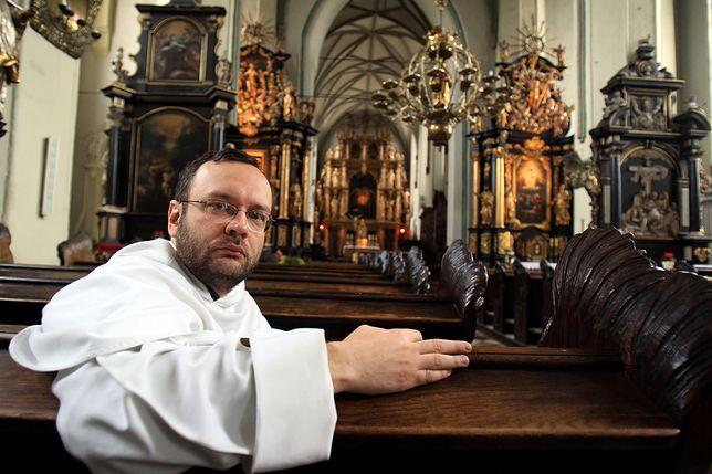 Złoto ukryte w klasztorze dominikańskim? Komisja Amber Gold przesłuchuje byłego księdza