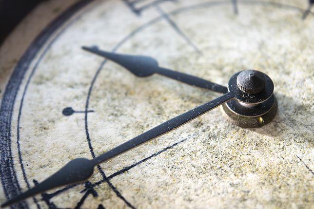Zmiana czasu w ostatni weekend października. Dowiedz się, kiedy cofnąć zegarek