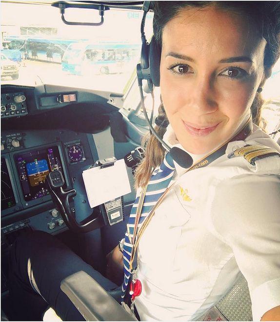 Eser Aksan Erdogan - kobieta za sterami samolotu