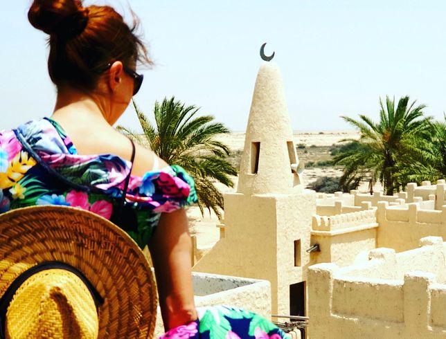 Anna jest przewodnikiem po Katarze