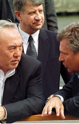 Aleksander Kwaśniewski od lat ma świetny kontakt z prezydentem Nazarbajewem