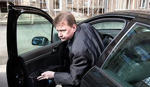 Szef MSWiA Mariusz Błaszczak zamawia nowe limuzyny