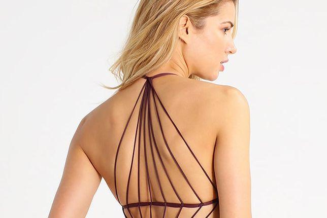 Monokini to połączenie bikini i kostiumu jednoczęściowego
