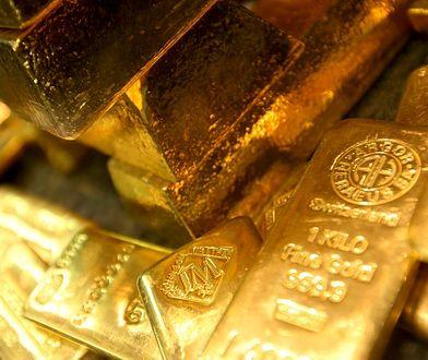 Inwestycja w złoto? Przebojem jest zupełnie inny metal