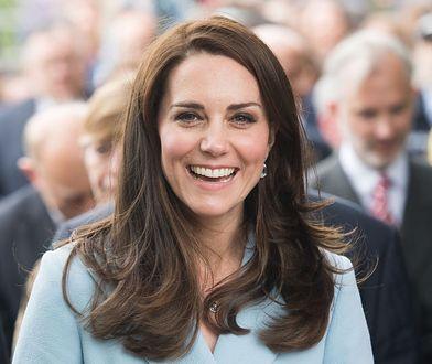 Księżna Kate uwielbia espadryle