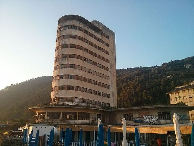 Colonia Fara, Liguria, Włochy