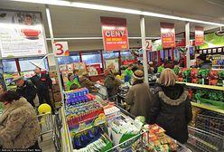 """""""Klient nasz pan"""". Pracownicy sklepów zdradzają absurdalne zachowania konsumentów"""