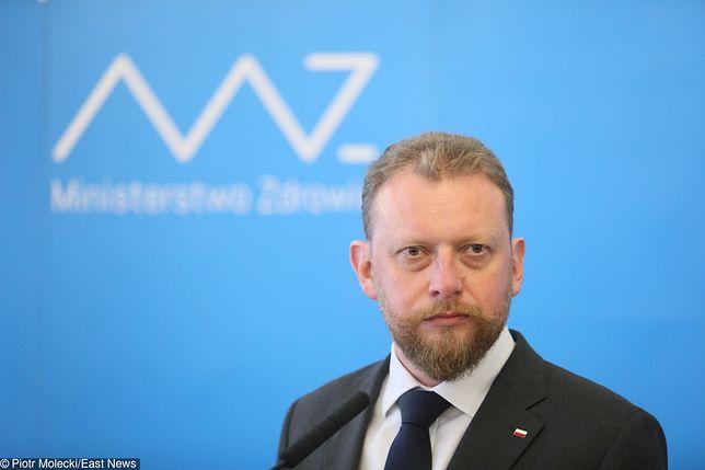Minister zdrowia Łukasz Szumowski odpowiada na zarzuty dot. prawie milionowej dotacji dla fundacji o. Tadeusza Rydzyka