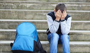 Uczeń zarzuca nauczycielce udział w prześladowaniach