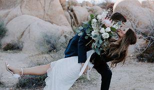 Jak wyglądać dobrze na zdjęciach weselnych. Sześć przydatnych rad