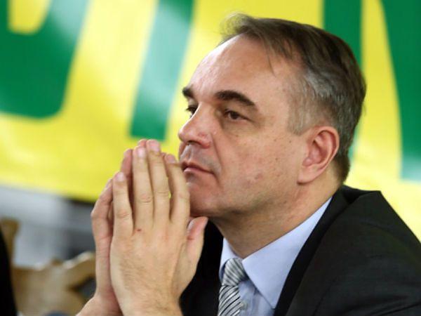 Prezes PSL i minister gospodarki Waldemar Pawlak
