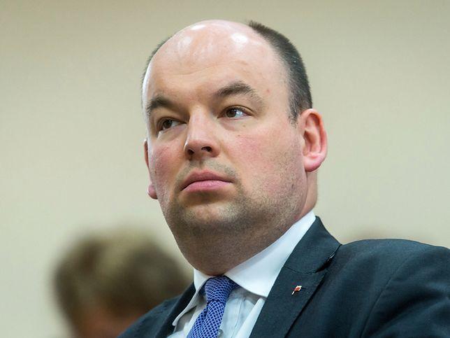 Jan Dziedziczak zdradził, że brak wizyt jest związany z brakiem postępów wobec mniejszości polskiej