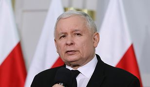 """Kaczyński stwierdził, że w Polsce potrzeba jest więcej zmian, ale """"nie można zająć się wszystkim podczas jednej kadencji""""."""