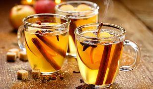 Dlaczego warto pić cydr i jak go wykorzystać w święta?
