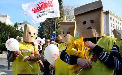 """Premia od Biedronki tuż przed strajkiem. Pracownicy mówią: """"Pan da"""""""