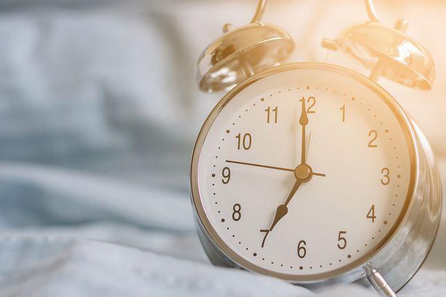 Zmiana czasu 2019 już dziś. Sprawdź, jak dobrze przestawić zegarek.