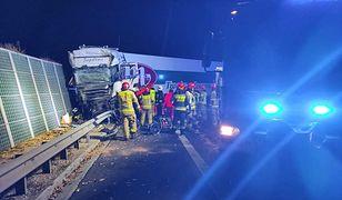 Wypadek na S8. Tir zderzył się z autobusem. Wielu rannych