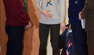 Księżna Kate ukrywa ciążowy brzuszek?