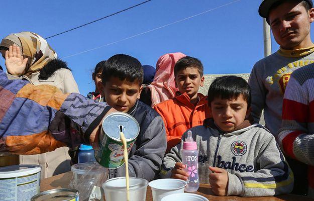 Dzieci w ośrodku dla uchodźców w Salonikach