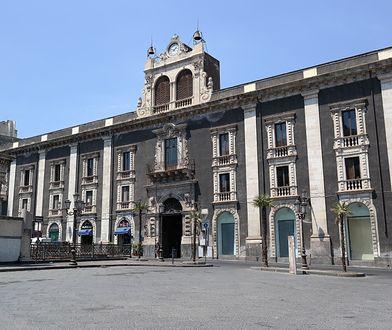 Pałac Tezzano to jeden z najładniejszych budynków w Katanii
