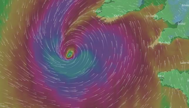 Są gotowi na największy huragan od lat. Irlandczycy pozamykali wszystkie szkoły