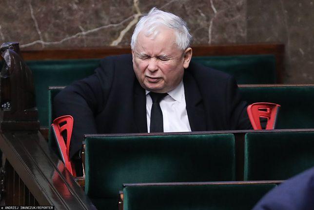 Jarosław Kaczyński czuje się lepiej. Znów pojawił się na Nowogrodzkiej
