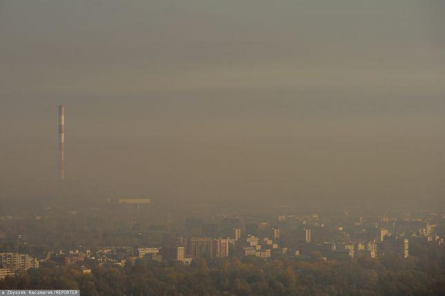 Warszawa. Smog nie odpuści.