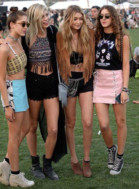 Gigi Hadid z przyjaciółkami