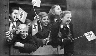Transport niemieckich dzieci opuszczających Berlin