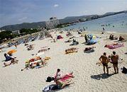 Bezpieczniejsi turyści zapłacą więcej