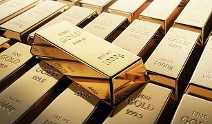 Coraz częściej Polacy wybierają złoto jako metodę dywersyfikacji swoich oszczędności. Co ciekawe ten trend niezależny jest od cen