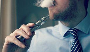 Koniec z paleniem e-papierosów w miejscach publicznych