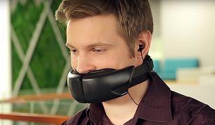 Dzięki tej masce, nikt nie usłyszy o czym rozmawiasz przez telefon