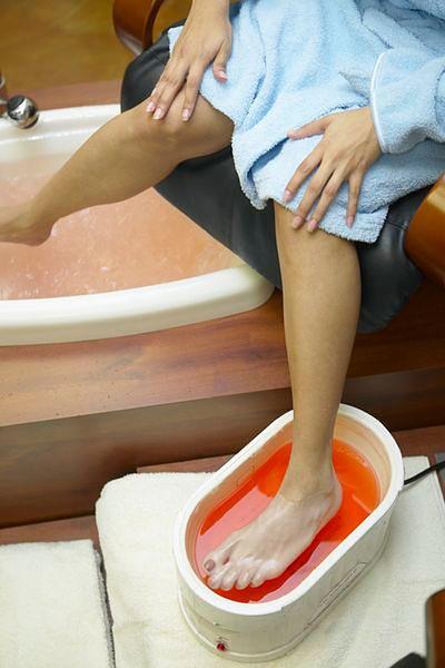 Parafinowy zabieg na dłonie i stopy