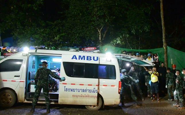 Z jaskini Tham Luang w Tajlandii ratownicy wyciągnęli już ośmiu chłopców